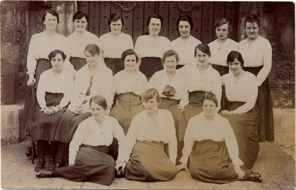 Postcard of St Marys Students at St Pauls 1916-17 Elysium Dorm [Image from the Special Collections and Archives, University of Gloucestershire]